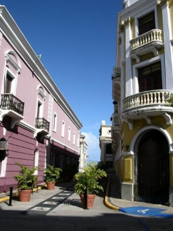 Arecibo, เปอร์โตริโก: Calle del Corregimiento.