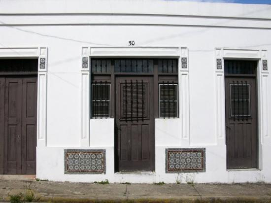 Arecibo, เปอร์โตริโก: Detalle en antigua residencia  del casco...