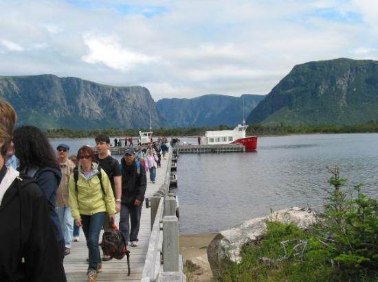 We took a boat tour of Western Brook Pond (Gros Morne National Park, Newfoundland...Jul 05).