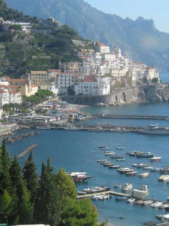 อมาลฟี, อิตาลี: Amalfi, Italy (Oct 10 06).