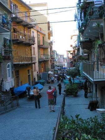 Manarola, Cinque Terre, Italy (Oct 06).