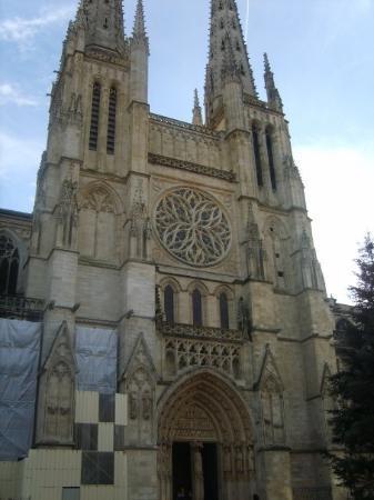 St. Andre Cathedral (Cathédrale Saint-André) ภาพถ่าย