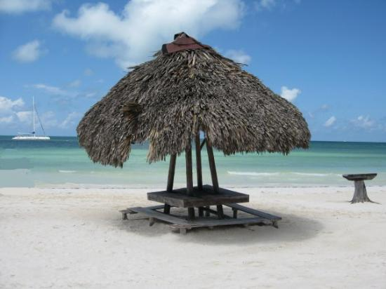 บาราเดโร, คิวบา: We stopped at this beautiful island for lunch! Cayo Blanco, Cuba (Sep 08).