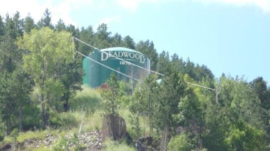 เดดวูด, เซาท์ดาโคตา: Welcome to Fing Deadwood..it can be Combative!