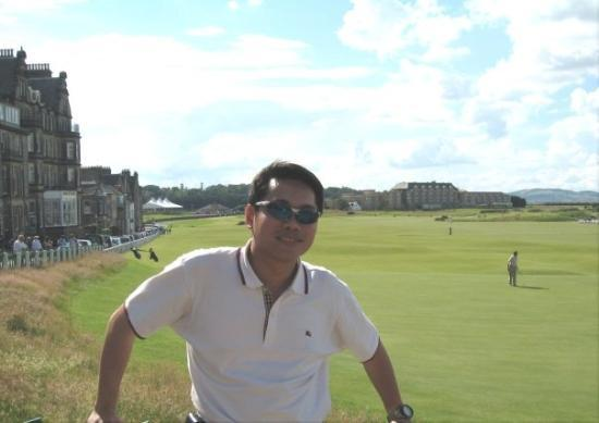 The Royal & Ancient Golf Club of St. Andrews: FIRST GOLF COURSE IN THE WORLD