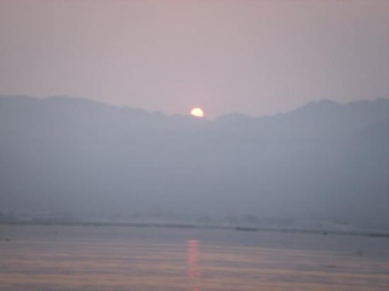 ทะเลสาปอินเล ภาพถ่าย