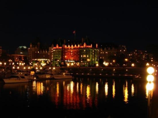 วิคตอเรีย, แคนาดา: Inner Habour bei Nacht