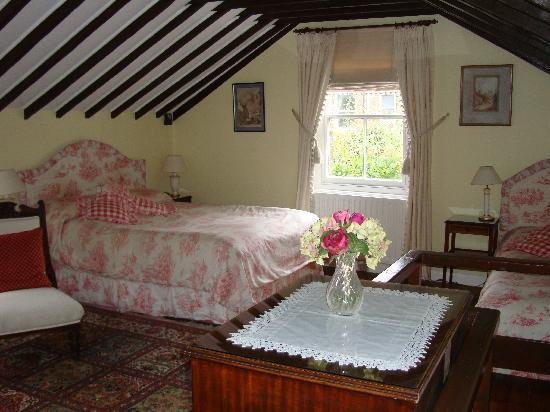 The Coach House: Upstairs bedroom
