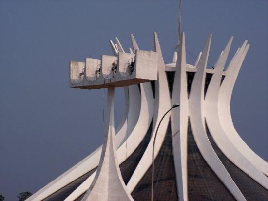 บราซิเลีย: Cathedral