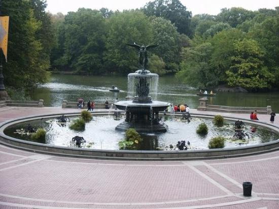 เซ็นทรัลปาร์ค: Oct 19, 2007. Bethesda Fountain, Central Park, New York City, NY USA