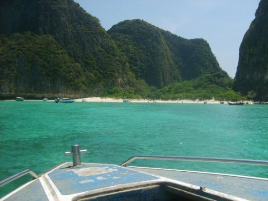 เกาะพีพีดอน, ไทย: Phi-Phi and Krabi. The Beach. Nuff said