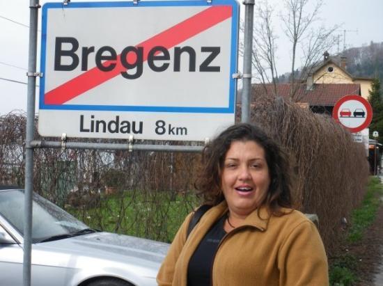 เบรเกนซ์, ออสเตรีย: Bregenz es una ciudad de Austria, capital del estado de Vorarlberg, al oeste de Austria.  La ciu