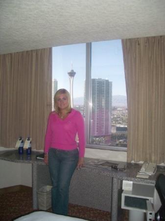 เดอะแอลวีเอชโฮเต็ล-ลาสเวกัสโฮเต็ลแอนด์คาสิโน: Hilton Las Vegas