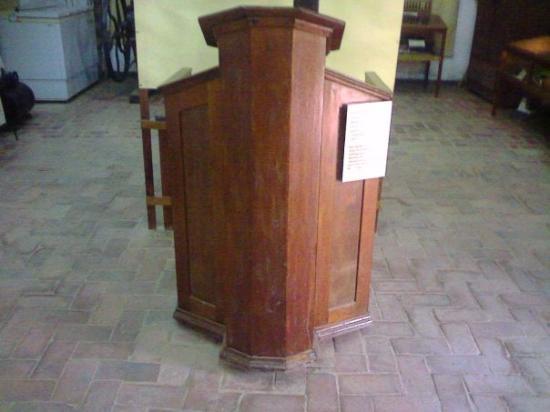Filadelfia, ปารากวัย: El primer púlpito de la Colonia Fernheim