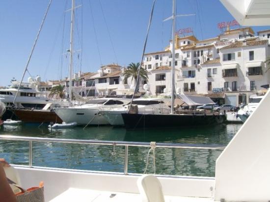 มาร์เบลลา, สเปน: Banus Marina