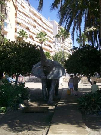 ฟูเอนจิโรล่า, สเปน: Shower on Marbella beach