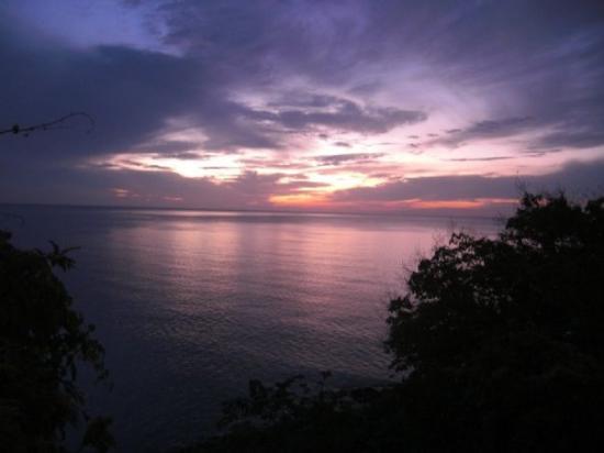 เกาะเต่า, ไทย: Blick von der Küstenstraße auf dem Weg von Chaweng nach Lamai