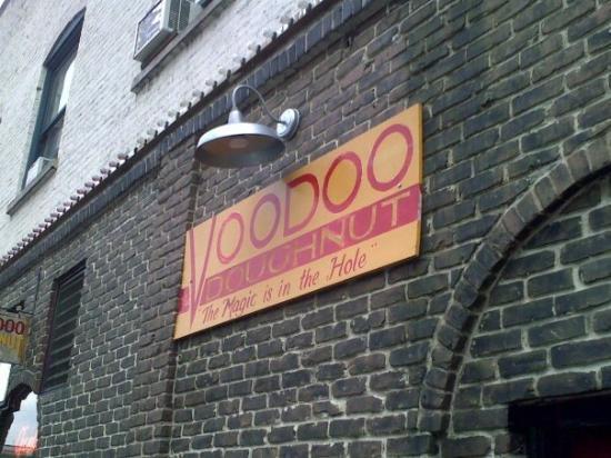 Voodoo Doughnut: Voodooh doughnut