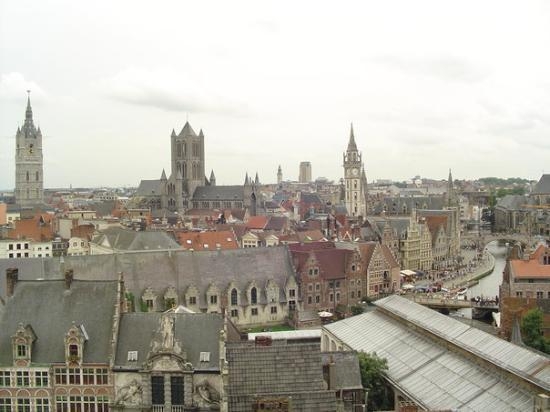 Ghent, เบลเยียม: Gent from the top of the castle
