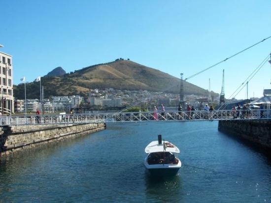 ใจกลางเมืองเคปทาวน์, แอฟริกาใต้: Port du Cap Cape Town Harbor
