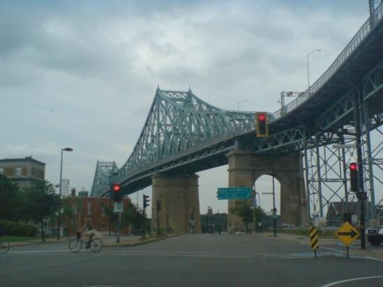 ควิเบกซิตี, แคนาดา: Montréal, Canada
