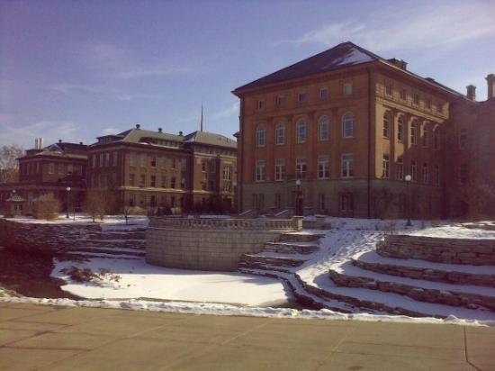 แชมเพน, อิลลินอยส์: University of Illinois