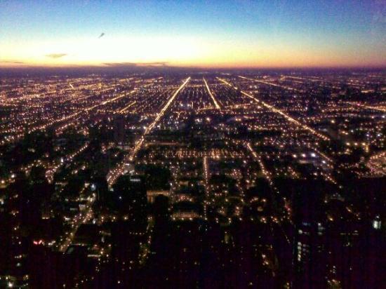 หอสังเกตุการณ์จอห์นแฮนค็อก: Chicago at night