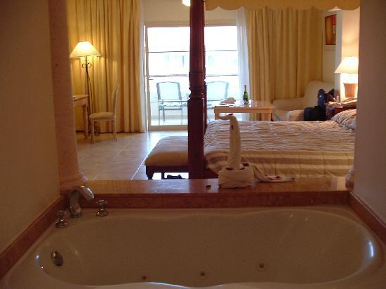 Majestic Colonial Punta Cana: Room 4340