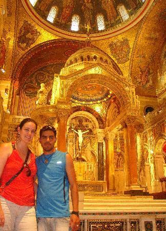 เซนต์หลุยส์ , มิสซูรี่: inside the basilica