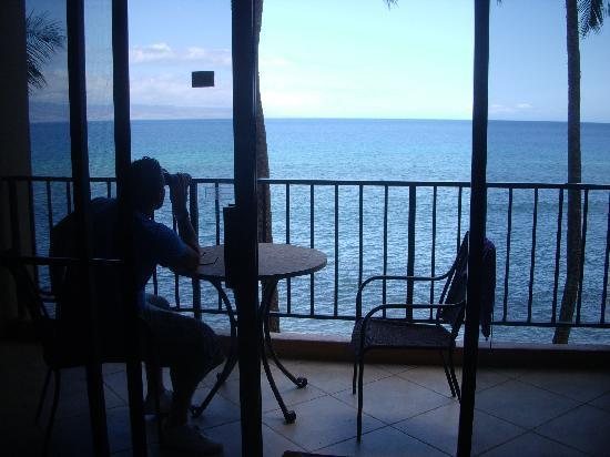 Aston Mahana at Kaanapali: My husband looking for dolphins.