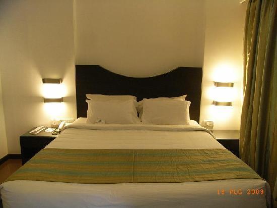 ฟีนิกซ์ พาร์คอินน์ รีสอร์ท: my bed!