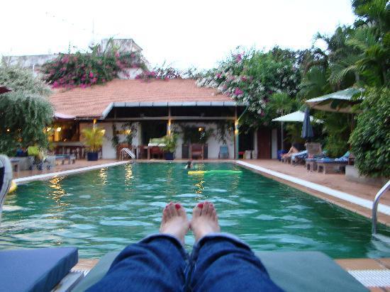 โรงแรมเดอะ กาบีกิ: Pool View