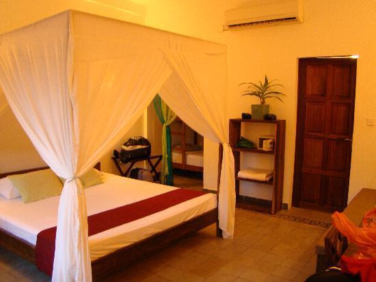 โรงแรมเดอะ กาบีกิ: Our Bungalow Room