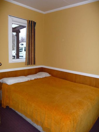 เลคเทคาโปโมเต็ลส์ & ฮอลิเดย์พาร์ค: Double bed