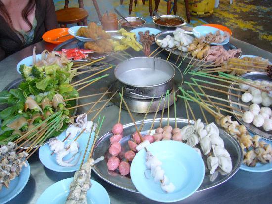 Penang Bazaar: これがスティームボートだ
