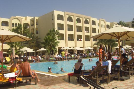 Hotel Paradis Palace: Vue de la piscine