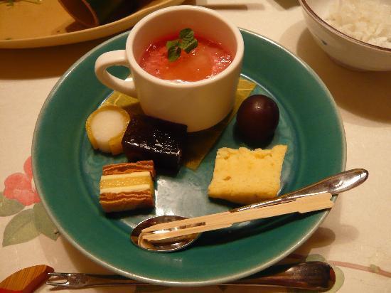 Tokigasane: 料理はデザートまで美しく、美味しかった。