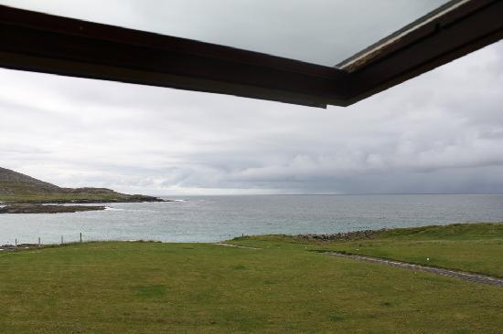 Isle of Barra Beach Hotel: Ocean view from my room.