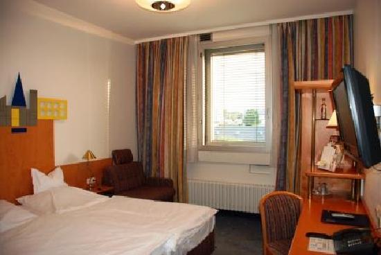 TOP Hotel Hammer: 客室