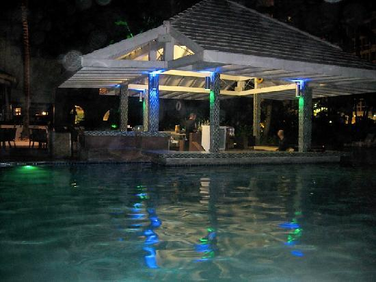 The Condado Plaza Hilton: Pool area at night