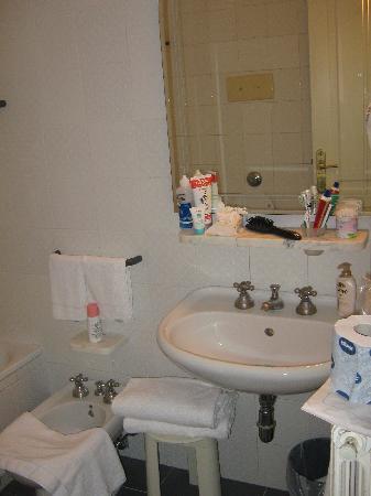 Hotel Italia: il bagno