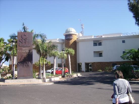 SBH Crystal Beach Hotel & Suites: L'esterno dell'hotel