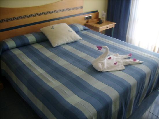 SBH Crystal Beach Hotel & Suites: La camera da letto