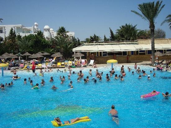 Houda Golf and Beach Club: piscine de l'hotel