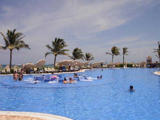 Ocean Coral & Turquesa: piscine