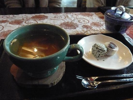 อินซาดง: 仁寺洞のカフェにて。