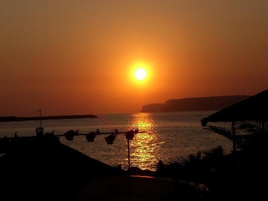Ramla Bay Resort: sunset