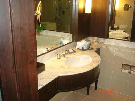 ฮิลตัน ภูเก็ต อาร์คาเดีย รีสอร์ท แอนด์ สปา: cuarto de baño