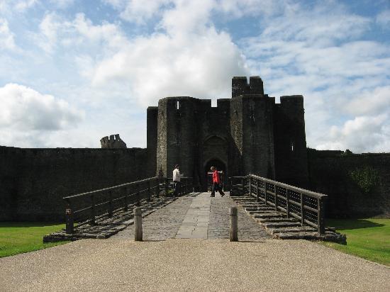 Caerphilly Castle: L'entrée