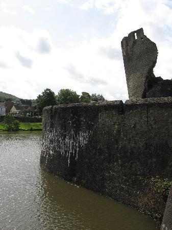 Caerphilly Castle: la tour penchée